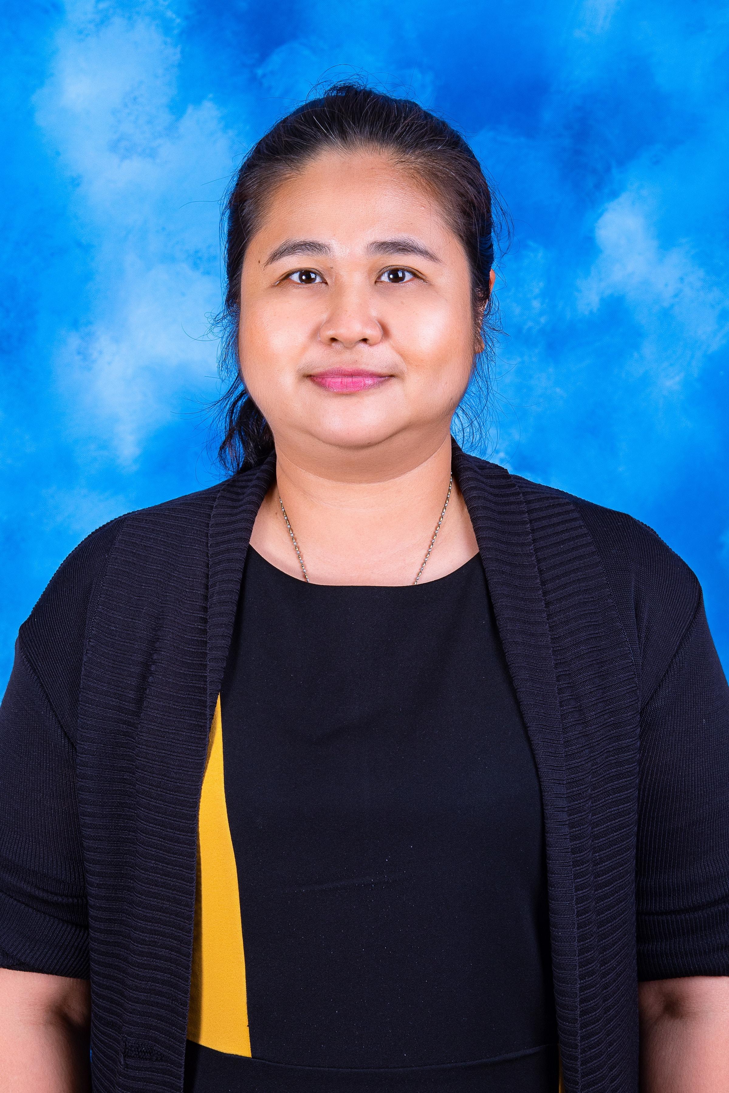 Mrs. Niorn Sudthiswat